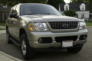 2004 Ford Explorer Xlt Sport Sport Utility 4 - Door 4.  0l photo