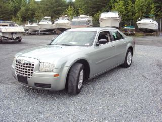 2006 Chrysler 300 Sedan 2.  7l Needs Motor Repair Body Good Looking Fix photo
