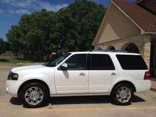 2011 Ford Expedition Limited Loaded & Under photo