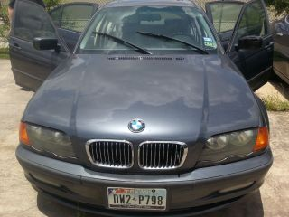 2001 Bmw 325i Base Sedan 4 - Door 2.  5l photo