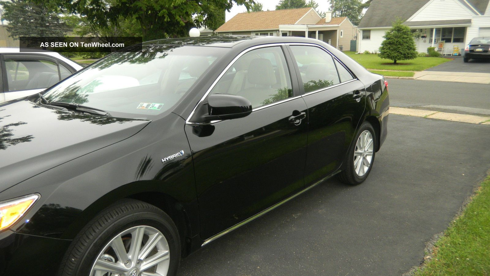 difference between 2014 5 toyota camry le and autos post. Black Bedroom Furniture Sets. Home Design Ideas
