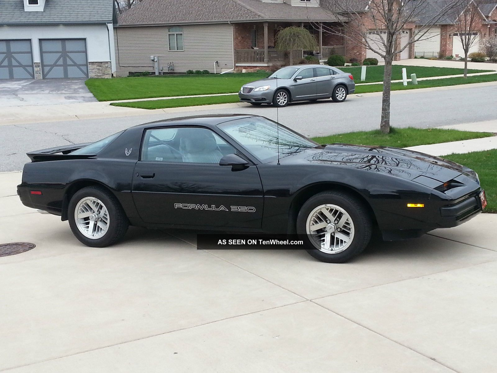 1990 Firebird Formula 350 5.  7l V8 Firebird photo