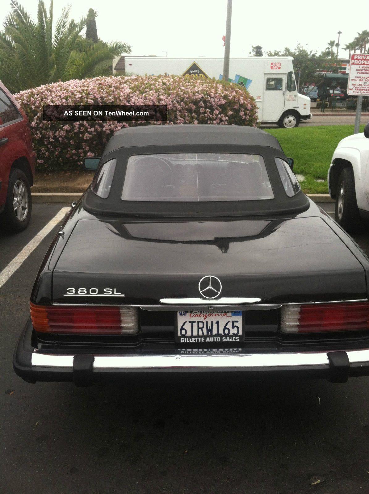1984 Mercedez Convertible. . . 300-Series photo