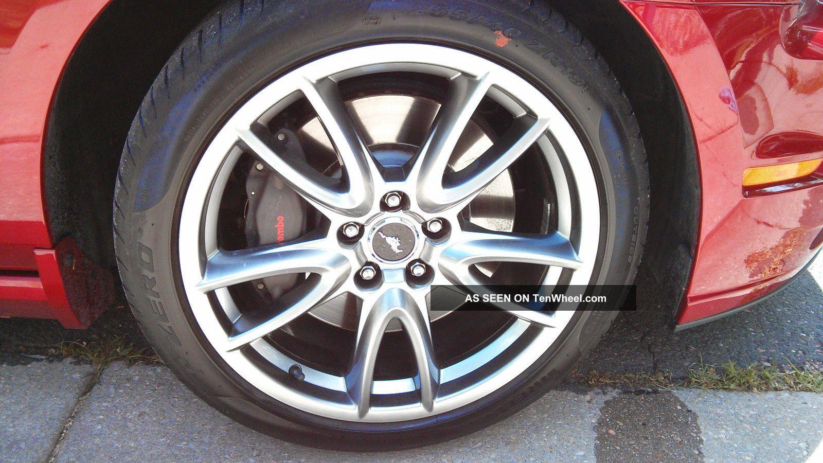 ford mustang gt premium track  comfort pkg hood