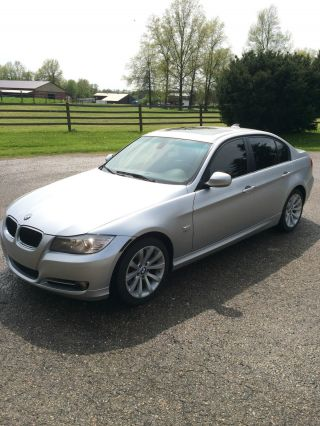 2011 Bmw 328i Xdrive photo