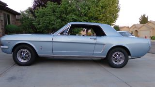 1965 Ford Mustang Coupe 289 V8 photo