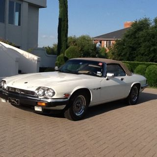 1989 Jaguar Xjs Base Convertible 2 - Door 5.  3l photo