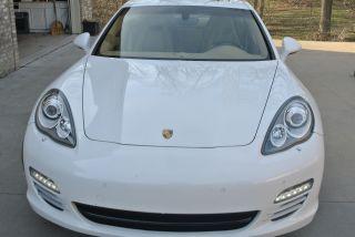 2011 Porsche Panamera 4s Hatchback 4 - Door 4.  8l photo