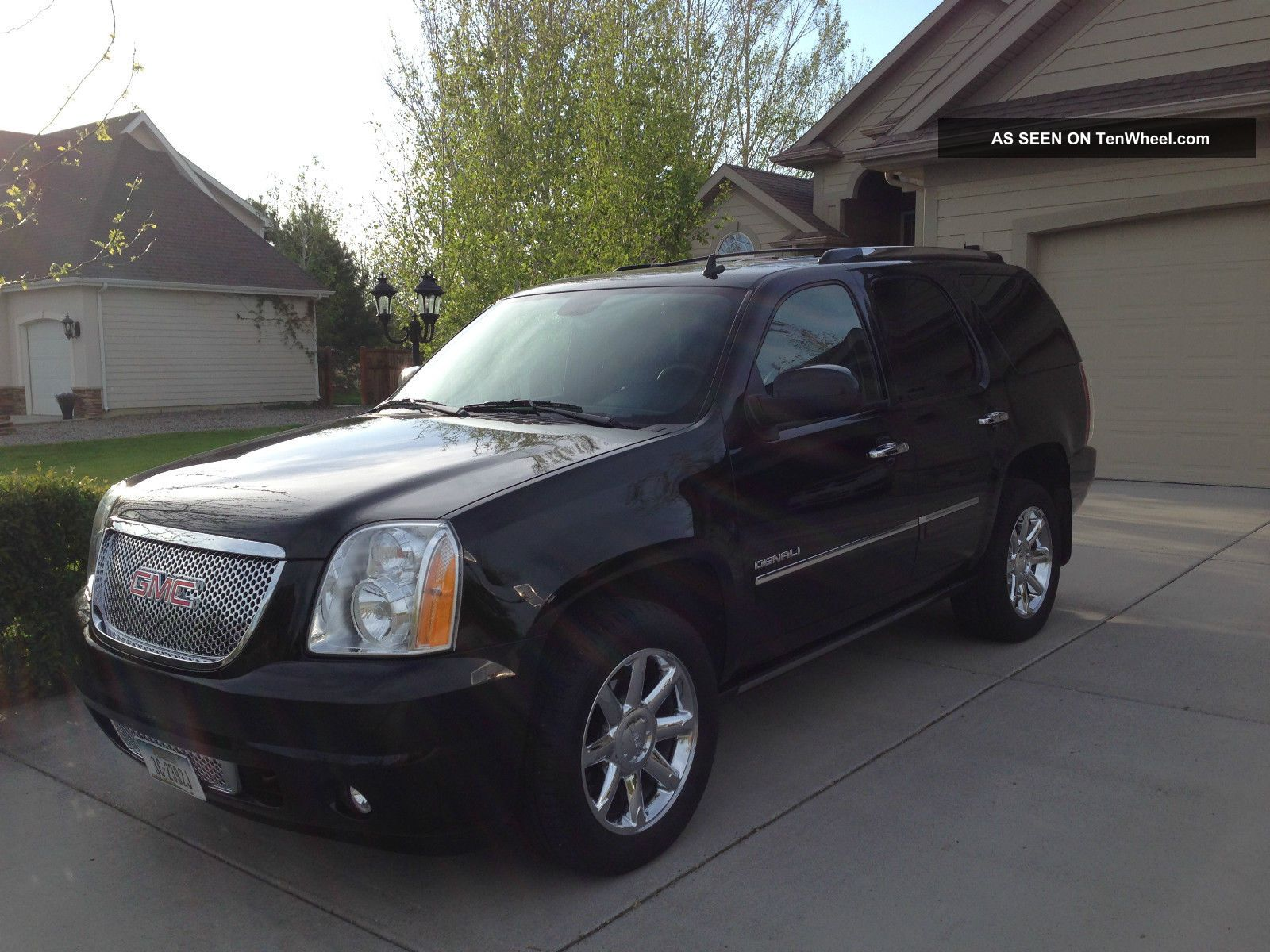2011 Gmc Yukon Denali Black Yukon photo