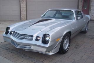 1981 Camaro Z - 28. . .  4 Speed. . . . . .  No Rust Ever. .  Show Condition photo
