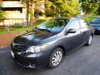 2013 Toyota Corolla Le Sedan 4 - Door 1.  8l photo