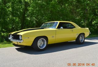 1969 Camaro Ss 350 Auto Ps Pdb Very Solid Daytona Yellow photo