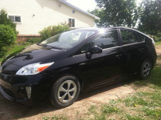 2013 Black Toyota Prius Ii photo