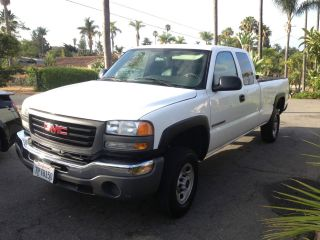 2004 Gmc Sierra 2500 Hd Wt Extended Cab Pickup 4 - Door 6.  0l photo