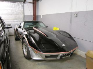 1978 Corvette Indy 500 Pace Car Chevrolet Black / Silver Standard Transmission L48 photo