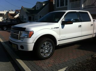 2012 Ford F - 150 Platinum Crew Cab Pickup 4 - Door 3.  5l photo