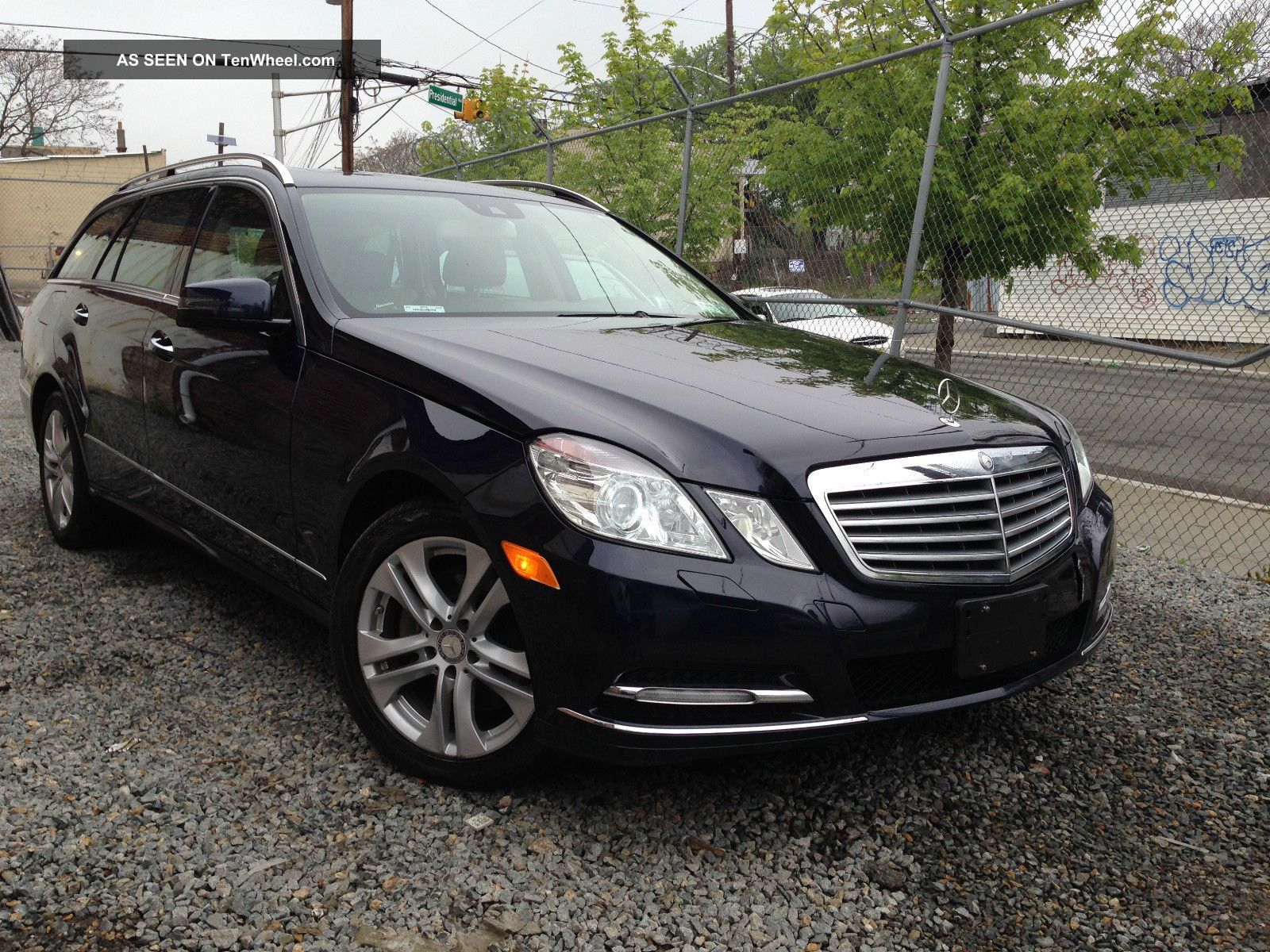 2011 Mercedes - Benz E350 4matic Wagon 4 - Door 3.  5l E-Class photo