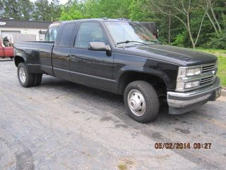 1996 Chevrolet 3500 Silverado Dually Extended Cab photo