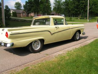 1957 Ford Ranchero photo