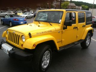 2011 Jeep Wrangler Unlimited 4x4 Sahara photo