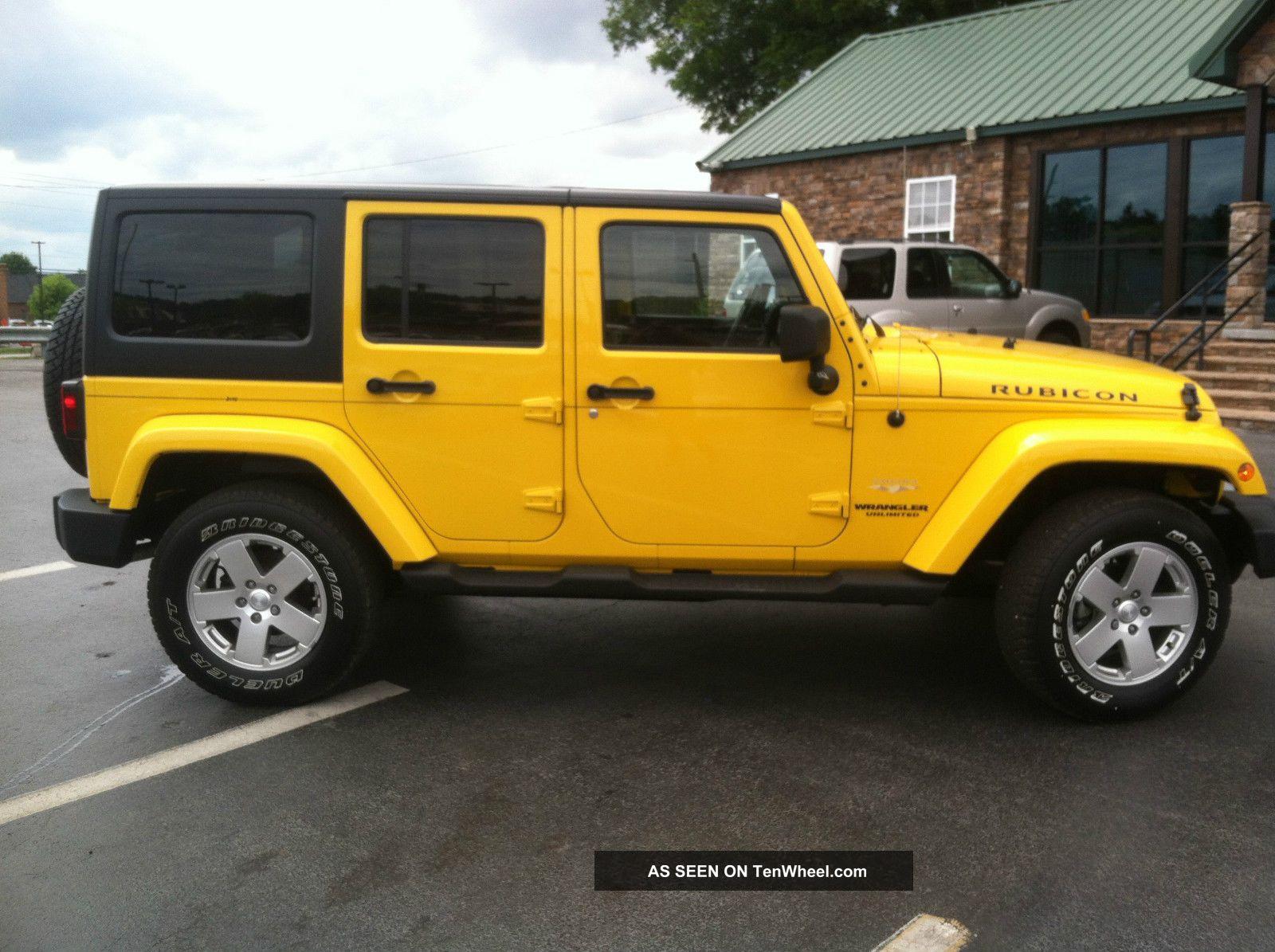 2011 jeep wrangler unlimited 4x4 sahara. Black Bedroom Furniture Sets. Home Design Ideas