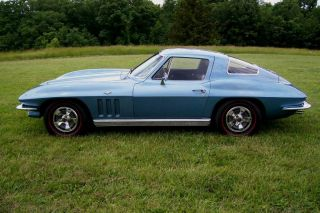 1966 Corvette 327 4 - Speed photo