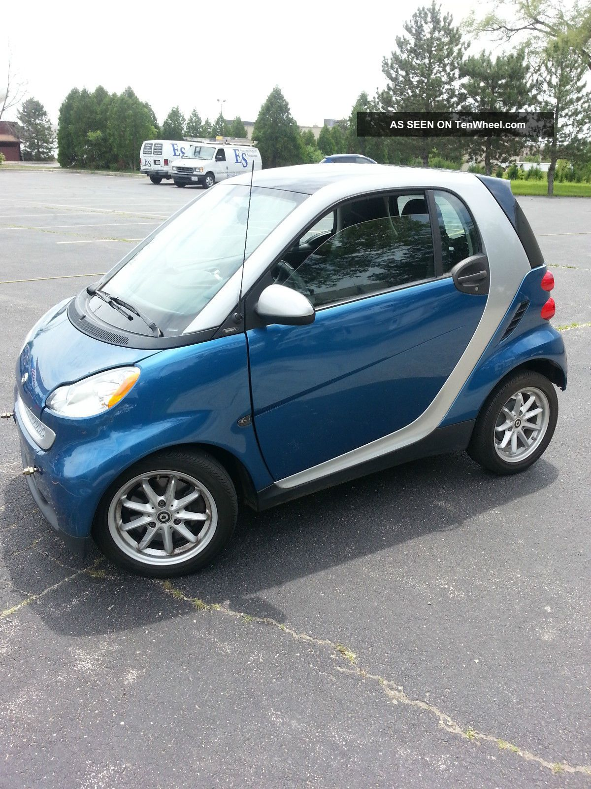 2009 Smart Fortwo Passion Coupe 2 - Door 1.  0l Other Makes photo