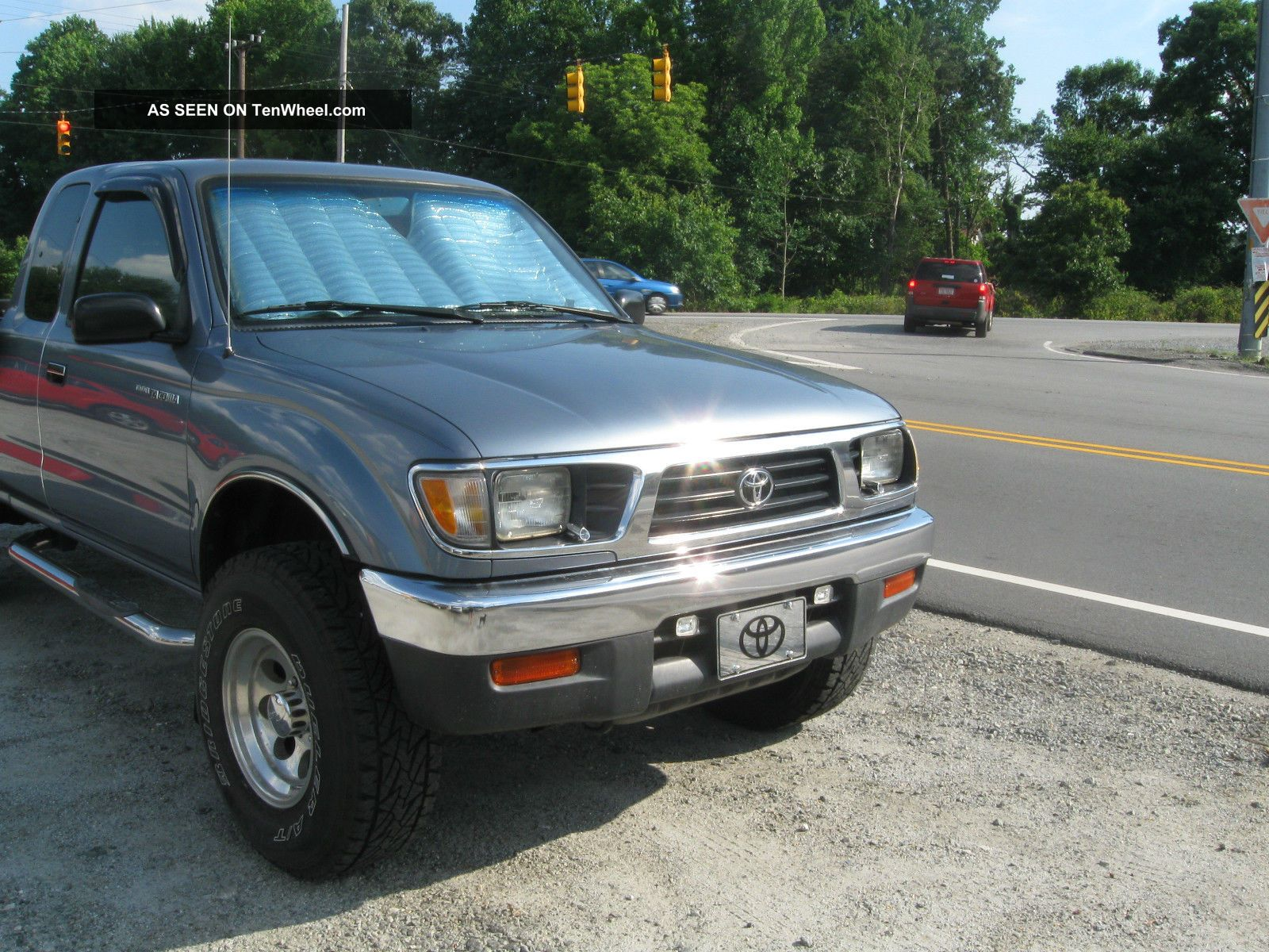 1997 Toyota Tacoma Dlx Extended Cab Pickup 2 - Door 2.  4l Tacoma photo