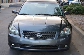 2006 Nissan Altima S Sedan 4 - Door 2.  5l Special Edition photo