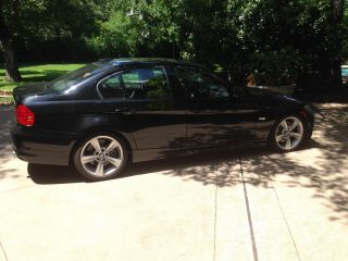 2010 Bmw Black 3 - Series 335i - photo