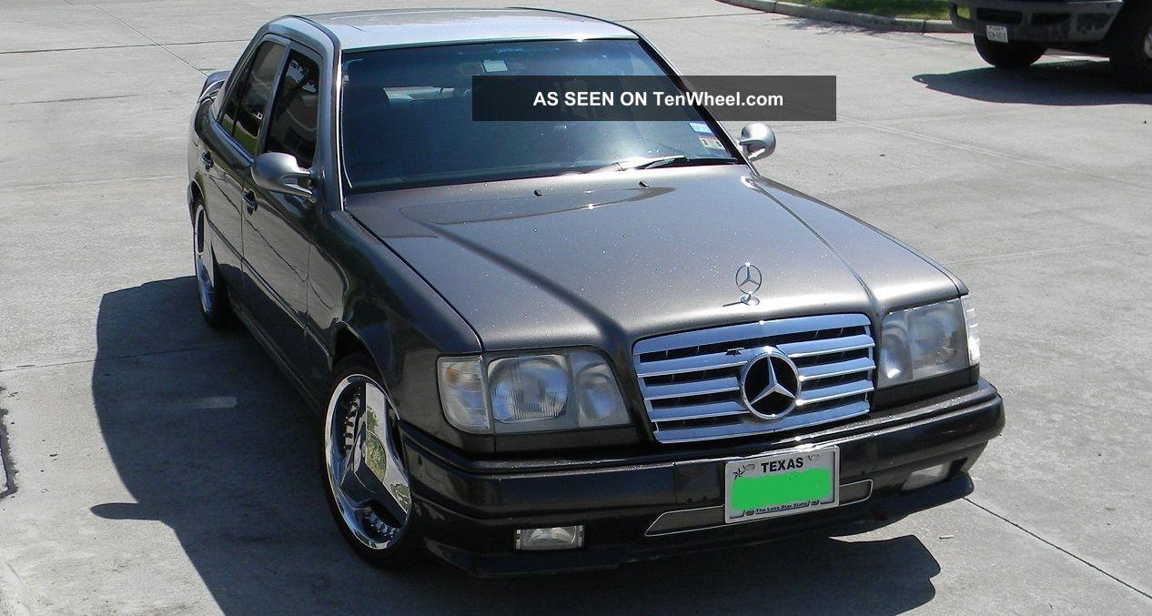 1991 Mercedes - Benz 300e Base Sedan 4 - Door 3.  0l 300-Series photo