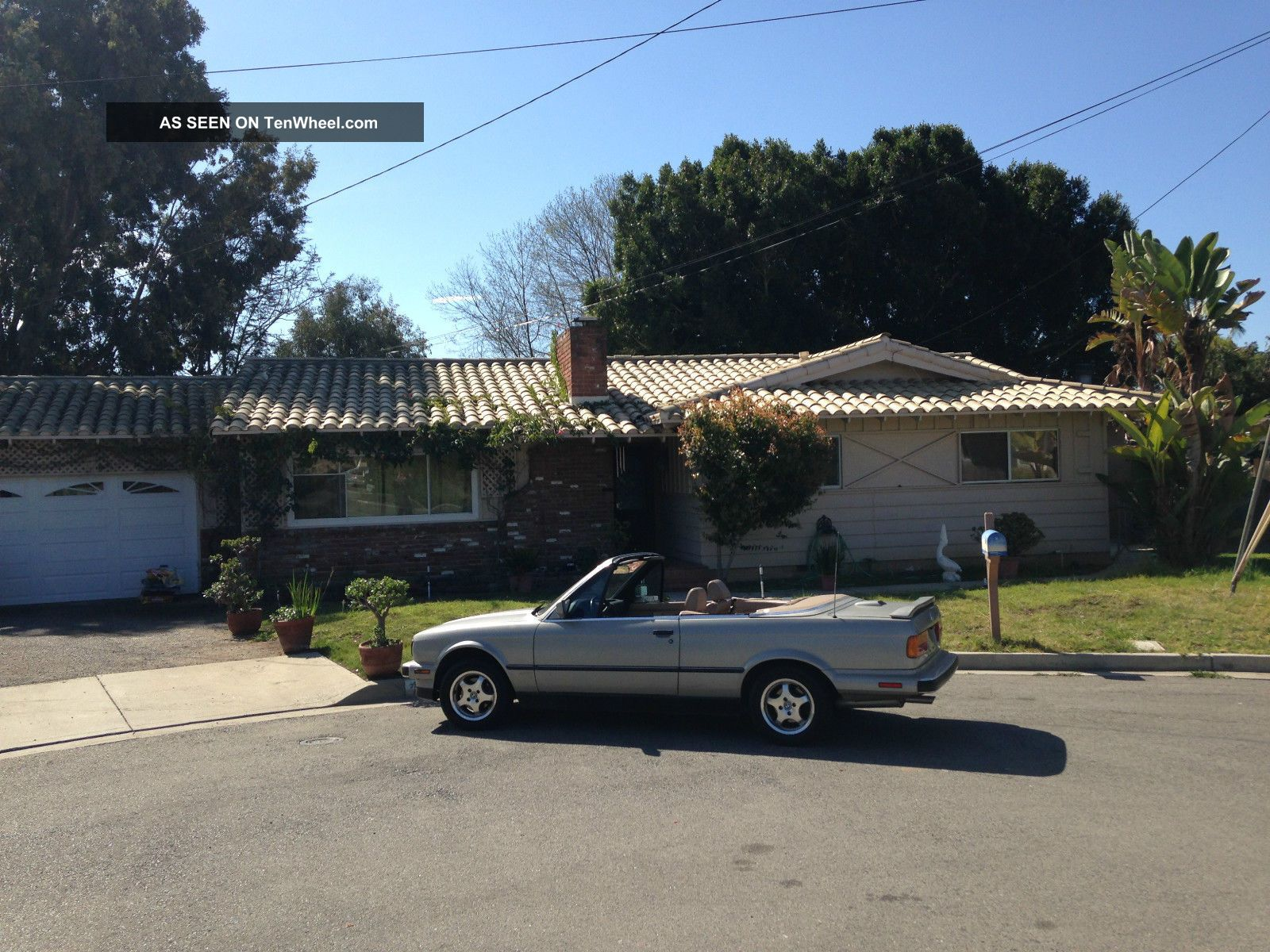 1989 Bmw 325i Base Convertible 2 - Door 2.  5l 3-Series photo