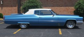1970 Coup Deville Cadillac,  Beautuful Body,  Great Interior,  Fully Loaded photo