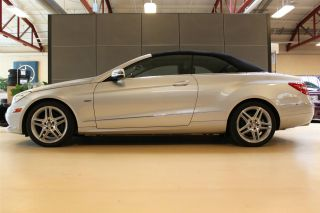 2012 Mercedes Benz E350 Cabrio photo