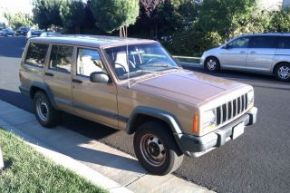 1999 Jeep Cherokee Se Sport Utility 4 - Door 4.  0l photo