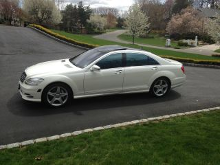 2010 Mercedes Benz S550 photo