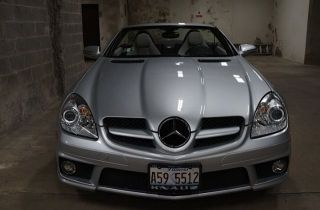 2009 Mercedes - Benz Slk300 Base Convertible 2 - Door 3.  0l photo
