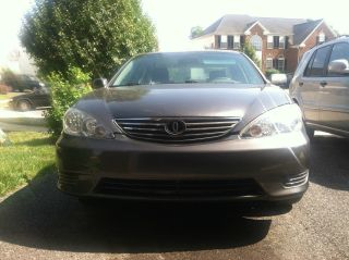 Grey 2006 Camry Le (export Only Title) photo