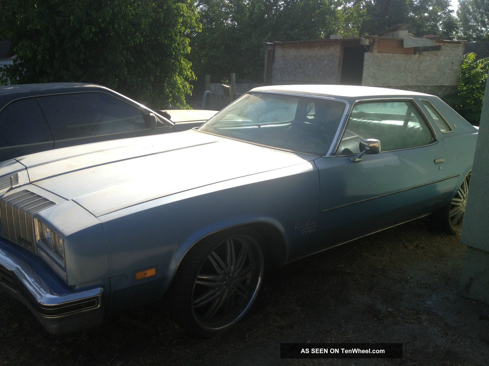 1977 Oldsmobile Cutlass Supreme Colonnade Coupe 2 - Door 5.  7l Cutlass photo