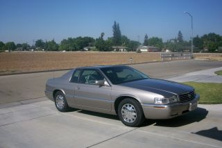 2000 Cadillac Eldorado Esc Coupe 2 - Door 4.  6l photo