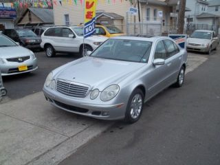 2005 Mercedes Benz E Class photo