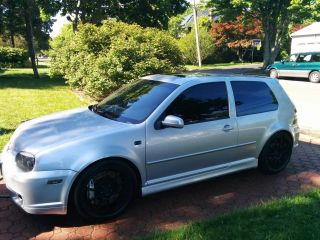 2004 Volkswagen Golf R32 Hatchback 3.  2l Manual 6 - Speed photo