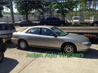 2003 Buick Century Custom Sedan 4 - Door 3.  1l photo