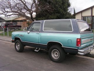 1988 Dodge Ramcharger Se Sport Utility 2 - Door 5.  9l photo