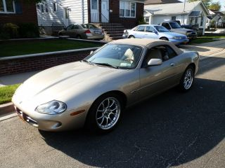 1997 Jaguar Xk8 Base Convertible 2 - Door 4.  0l photo