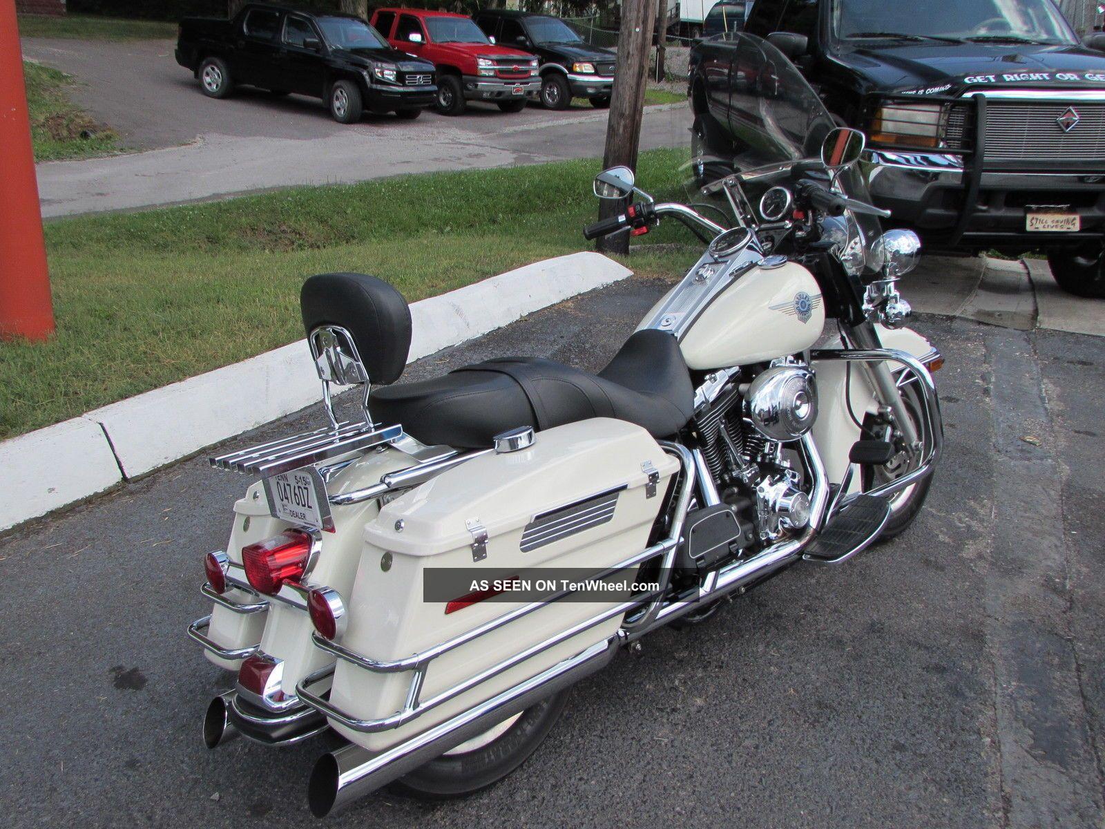 2005 Harley Davidson Road King Police Bike Flhpi