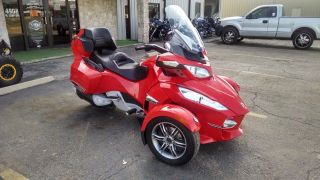 2012 Can - Am Spyder Rt - S Se5 photo
