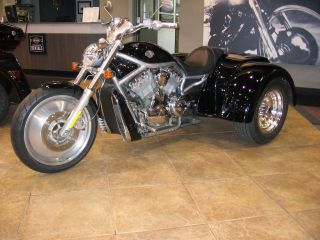 2005 Harley - Davidson V - Rod Trike photo