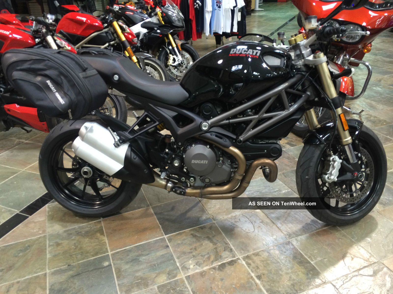 2012 Ducati Monster 1100 Evo - Abs Monster photo