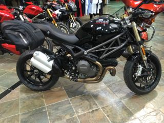 2012 Ducati Monster 1100 Evo - Abs photo